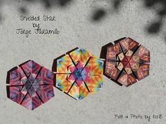 Shieled Star by Jorge Jaramillo (esli24) Tags: stars origami sterne paperstars papierfalten carmensprung papiersterne jorgejaramillo juliaschönhuber esli24 ilsez kaleidoscopepaper kaleidoskoppapier shieldedstar