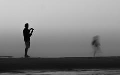 plage (cc .. jeckle) Tags: shadow sea people mer white black beach monochrome photo sand noir sable wave move ombre photograph vague plage blanc minimalist mouvement photographe soulac minimaliste