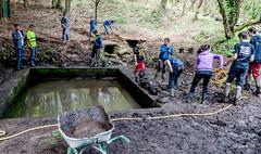_DSC6843 (Jack-56) Tags: france vacances nikon bretagne jeunes nettoyage boue lavoir brouette lebono corve curage d700