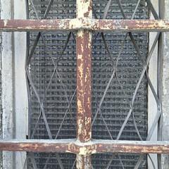 IMG_4830 (keymiart1) Tags: urban texture graffiti photo tag extérieur 照片 abstrait 素材 写真 keymi minimalisme テクスチャー urbanskin 质地 城市的 urbanepidermis 城市的皮肤 epidermeurbain 都市の表皮