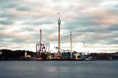 (Silvia_Manfredi) Tags: park sunset lund island lights amusement stockholm amusementpark grönalund gröna