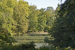 2015.09.27.060 ERMENONVILLE - le Parc Jean Jacque Rousseau. (alainmichot93) Tags: france nikon eau vert arbre parc chemin fort picardie tang 2015 oise ermenonville nikon5100 parcjeanjacquesrousseau