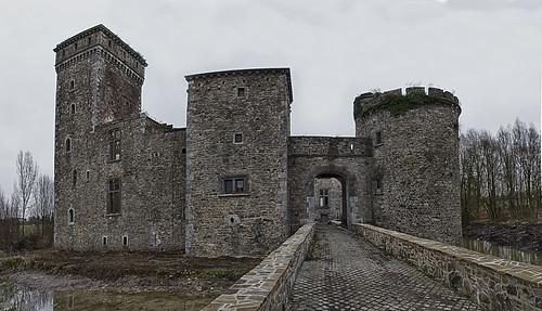 Seraing-le-Château, kasteel