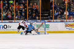 "Missouri Mavericks vs. Alaska Aces, December 17, 2016, Silverstein Eye Centers Arena, Independence, Missouri.  Photo: John Howe / Howe Creative Photography • <a style=""font-size:0.8em;"" href=""http://www.flickr.com/photos/134016632@N02/31755679785/"" target=""_blank"">View on Flickr</a>"