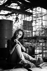 Fins (leonlee28) Tags: monotone mono monochromatic monochrome bw blackwhite blackandwhite blackandwhitephotography female asiangirl asianbeauty asiangirlnextdoor model leonlee leonlee28 strobist sb700 nikon nikond750 d750 cls nikoncls outdoor outdoorphotography portrait