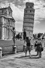 "Pisa - posando para la foto • <a style=""font-size:0.8em;"" href=""http://www.flickr.com/photos/15452905@N02/32179282901/"" target=""_blank"">View on Flickr</a>"