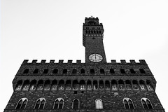Vecchio (JH Images.co.uk) Tags: signature series bw blackandwhite vecchio bell tower florence firenze black white looking up clock