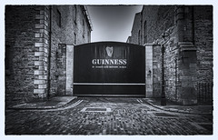 Good Things Come To Those Who Wait (Robgreen13) Tags: ireland dublin storehouse stjamessgate brewery bw mono guinness buildings
