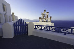 Terrace... (Zoltán Melicher) Tags: oia santorini greece sony ilce a7r zeiss city cityscape landscape aegean sea island blue white architecture building religion cross bells europe mediterran mirrorless travel tradition street old town terrace history