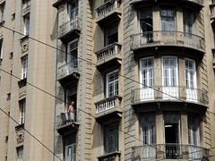 816 (sullmarc) Tags: nikon coolpix p520 digital optical zoom f41 iso80 80 1400 architecture building balcony façade detail street urban city people sp são paulo outdoor