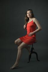 06_14_olga_323 (Gereon Zwosta) Tags: red portrait girl studio model dress strobist ezybox eos5dmk2 elinchromrq