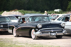 Buick 1957 (Drontfarmaren) Tags: show classic car vintage buick gallery sweden pics cruising event american 1957 week sverige coverage dalarna meet bilder sommar 2015 rättvik galleri drontfarmaren
