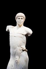 Statue  - The Young Man of Mozia (Lee Rudd Photography) Tags: italy holiday italia it sicily sicilia trapani marsala mozia mothia motya