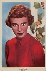 Betsy Drake (1923-2015) (Truus, Bob & Jan too!) Tags: cinema film vintage movie star kino fifties postcard rip picture cine screen warner american hollywood 1950s actress betsy movies postal drake postale cartolina warnerbros carte postkarte filmstar ansichtskarte ansichtkaart filmster postkaart briefkaart tarjet betsydrake briefkarte