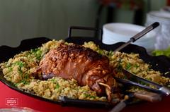 Leito  Pururuca (raphaelbrescia) Tags: food de comida carne porco ceia mineira farofa