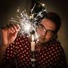 tomtebloss (Patrik Öhman) Tags: fs161218 stearinljus fotosondag tomtebloss selfie sparkler candle tamronsp2470mmf28divcusd dots lightning focus