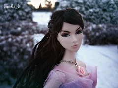 Lilith (Lapochka_G) Tags: winter garden snowing snowflackes integrity integritydolls nuface snow magic dollphotos