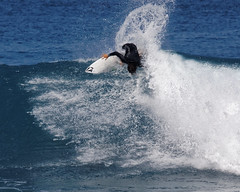 _N7A1463_DxO (dcstep) Tags: volcompipepro worldsurfleague bonzaipipeline bonsaipipeline northshore oahu hawaii canon5dmkiv ef500mmf4lisii ef14xtciii handheld allrightsreserved copyright2017davidcstephens surfing contest tournament ocean waves pipeline barrel copyrightregistered04222017 ecocase14949772801