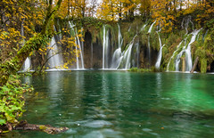 Autumn in Plitvice Lakes (pietkagab (on the road)) Tags: plitvice lakes falls autumn color longexposure croatia dalmatia europe nature nationalpark landscape outdoors pietkagab piotrgaborek photography pentax pentaxk5ii lake river mountains travel trip tourism daylight