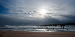Pont del petroli (xgrager) Tags: beach nikon bridge pontdelpetroli storm dock winter sea badalona d750 waves