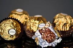 irrésistibles (karine_cattier) Tags: 7daysofshooting chocolate focusfriday smileonsaturday weeklythemes