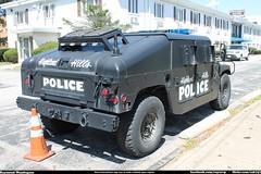 Highland Hills Police Hummer (Seluryar) Tags: police hills highland hummer