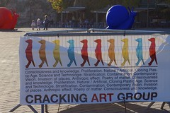 Expo Cracking Art Group - Le Mans (1459) (cfalguiere) Tags: cityscape france lemans paysdeloire sarthe urban crackingartgroup cracking expo streetart artmoderne modernart installation colorful profondeurdechamp dof datepub2015q410 texte exterieur outdoor