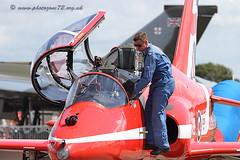 7578 C3 (photozone72) Tags: canon aviation blues reds redarrows raf rafat groundshots circusatwork