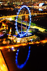 IMG_4352Ax (kanizfotolio) Tags: road light reflection canon lens eos singapore asia landmark kits dslr 500d singaporeflyer