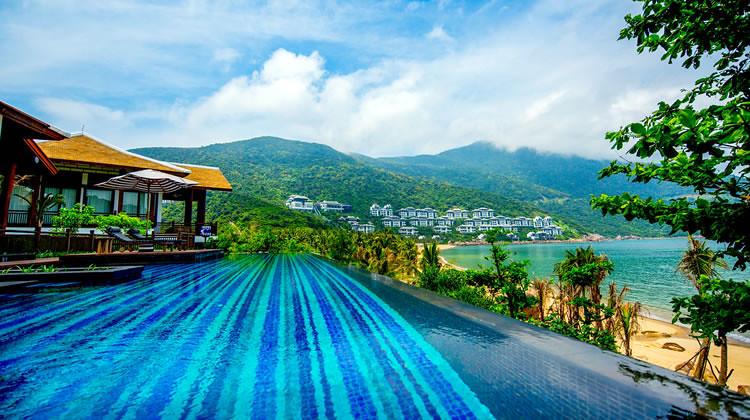 Danang-Sun-Peninsula-Resort-in-Vietnam-