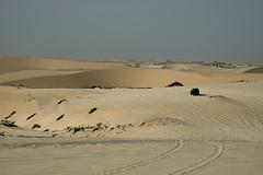 qatar deserto (48) (Parto Domani) Tags: trekking desert dunes dune arabic east ash desierto oriente middle duna peninsula medio dne wste dunas qatar deserto arabica dsert dnen penisola   escursione     shaqra dunaire  wste dsert dnen  dne