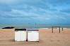Pauline , Thomas en Heidi (Jan 1147) Tags: paulinethomasenheidi strand beach sea zee strandcabines cabines sky wolk wolken wolkendek cloud clouds knokke belgium buitenopname