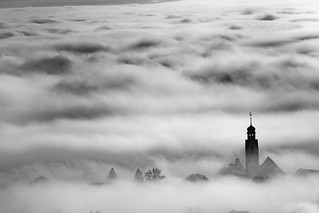 Beuu, Beinwil Kirche im Nebel