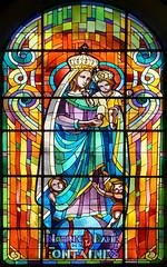 vitrail  Notre-Dame des Fontaines (claude 22) Tags: vitrail stained vitraux colors glass vitres couleurs art window windows medieval vidrieras notredamedesfontaines pontrieux bretagne sony nex6 bretagna francia bretaña breizh france geotagged stainedglass