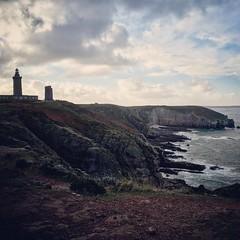 Cap Fréhel (angele_toutain) Tags: rocher falaise phare bretagne ocean ciel mer