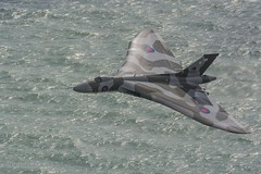 Vulcan XH558 (PeterBrooksPhotography) Tags: uk sea sun plane season sussex aviation eastbourne vulcan panning airborne eastsussex southdowns beachyhead fotobuzz 2015 vulcanxh558