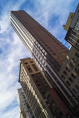 Architecture (napshot.photographe) Tags: world park street new york city nyc bridge urban usa ny newyork building tower statue skyline lady brooklyn america river de liberty island one la office iron view flat state manhattan taxi sony central center queens liberté empire wtc 300 coney alpha tamron 70 trade flatiron ville immeuble naps batiment 58 napshot owtc napshot77