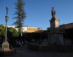 Mexique - Queretaro (alainmuller) Tags: statue place queretaro mexique