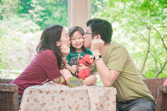 親子寫真,親子攝影,香港親子攝影,台灣親子攝影,兒童攝影,兒童親子寫真,全家福攝影,陽明山親子,陽明山,陽明山攝影,家庭記錄,19號咖啡館,婚攝紅帽子,familyportraits,紅帽子工作室,Redcap-Studio-31