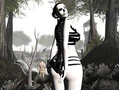 She will touch you (Burenrings Crystal - bubu) Tags: dead dollz maitreya hellodave lelutka lumae