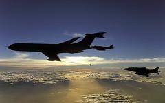 VC-10 Sunset N132 (Chris Lofting) Tags: raf airtoair vickers vc10