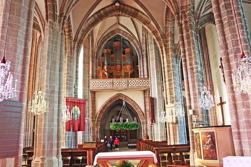 Perchtoldsdorf. Pfarrkirche. Mittelschiff mit Empore