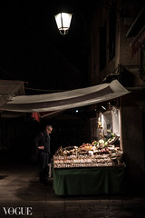 Grocery (stefanopad82) Tags: grocery venice venezia shop street lamp streetlamp night shopping man ancient history storia tenda alone notte inverno winter lights cobblestone fruit vegetable