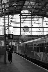 Platform 9 (Towner Images) Tags: running passenger lady woman female liverpool limestreet station rail railway train towner merseyside transpennineexpress clock time schedule