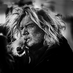 Portrait (D80_466364) (Itzick) Tags: man smoking pipe candid face wind d800 itzick copenhagen denmark bwportrait