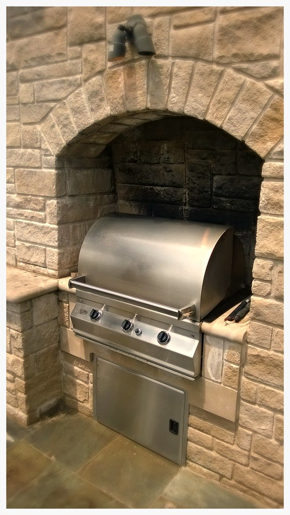 Custom Fire Magic Outdoor Kitchen. Calhoun Ga.