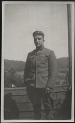 Archiv B188 US-Army, Soldat, 1920er (Hans-Michael Tappen) Tags: 1920s usa scenery uniform outdoor soldat usarmy siegelring fotorahmen 1920er archivhansmichaeltappen