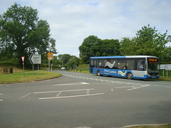TrawsCambria from Narberth (Rhydgaled) Tags: bus pembrokeshire tempo optare richardsbros yj55bjk