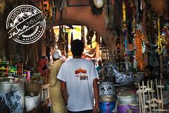 Souk - Marrakech (sahatours) Tags: voyage africa viaje nikon market mercado morocco maroc viagem marocco marrakech souk marrakesh marruecos viaggio marrocos zoco travelphoto travelphotgraphy