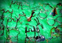 Frenos, estribos y espuelas (Eduardo Amorim) Tags: southamerica uruguay spur spurs sperone bit bits staffa américadosul stirrup uruguai estribo amériquedusud sudamérica stirrups esporas suramérica américadelsur südamerika frenos espora pilchas espuelas pilchasgauchas steigbügel cerrolargo americadelsud estribos espuela freios americameridionale rodaja rodajas estrivo étrier estrivos pasodeldragón plácidorosas